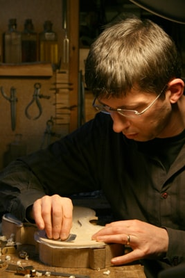 Violin-making workshop